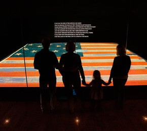 star-spangled-banner-actual-flag-exhibit